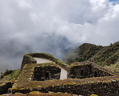 Inca Jungle Trek to Machu Picchu 4 Days / 3 Nights Biking+Rafting+Zipline