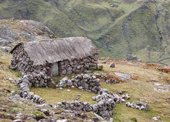 Lares Valley Trekking 3 Days / 2 Nights