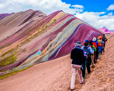 Cusco Rainbow Mountain-Machupicchu 5 Days / 4 Nights